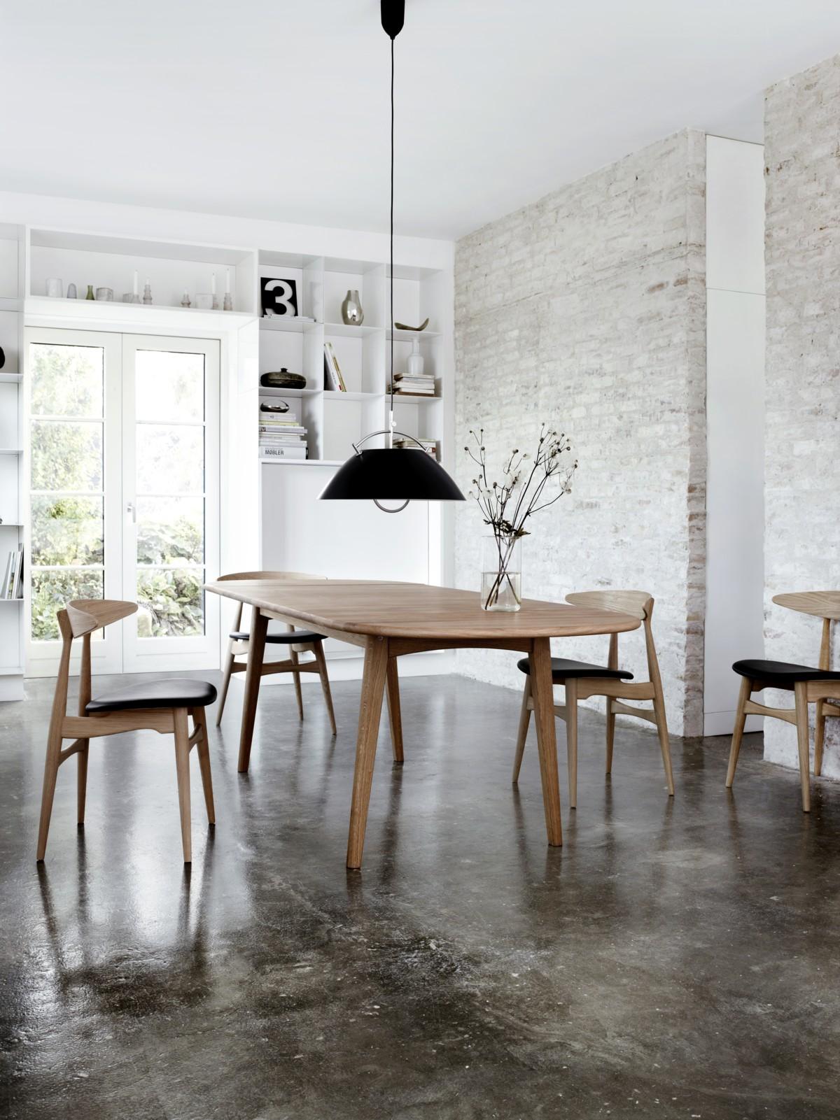 Carl Hansen CH006 table