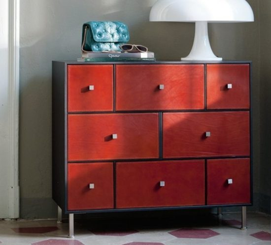 Rucellai chest of drawers with drawer fronts covered in full-grain leather